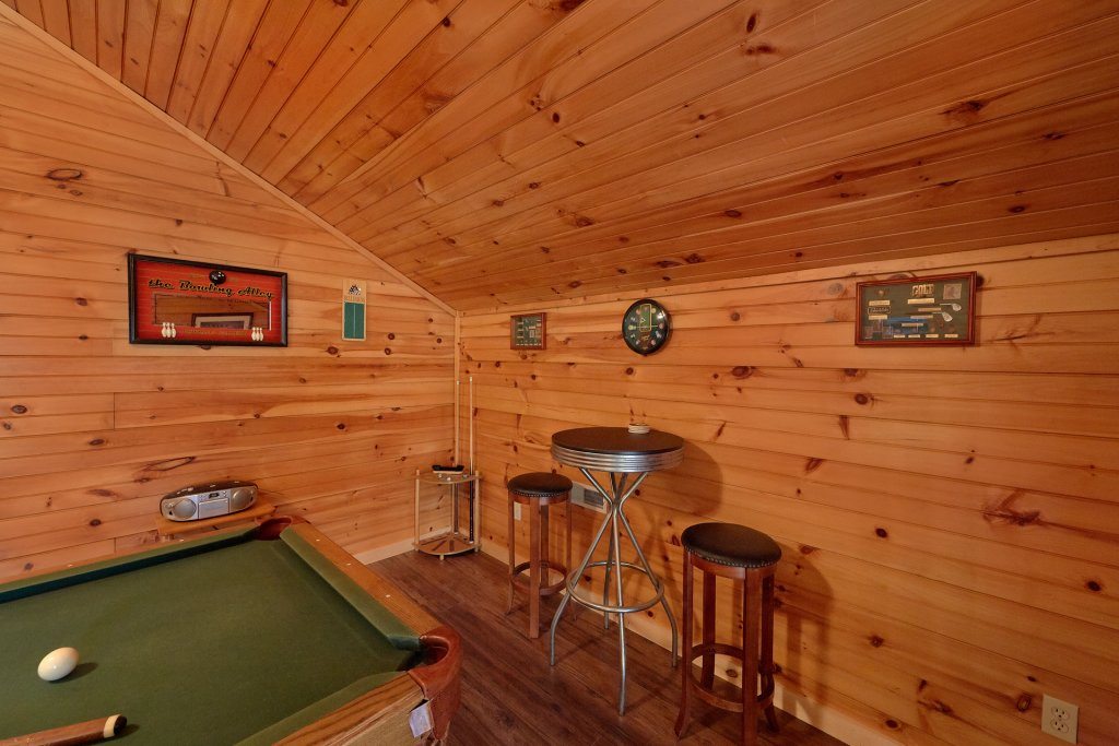 Photo of a Gatlinburg Cabin named Inspiration Point - This is the eighth photo in the set.