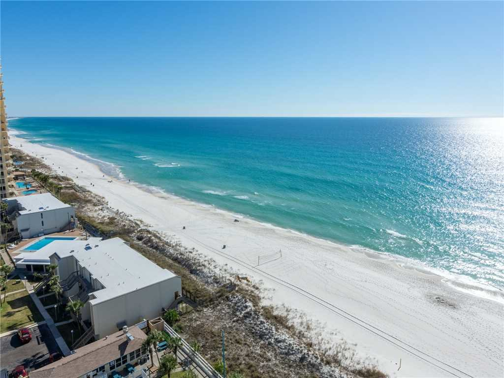 Photo of a Panama City Beach Condo named Summit 1511 - This is the twenty-fourth photo in the set.