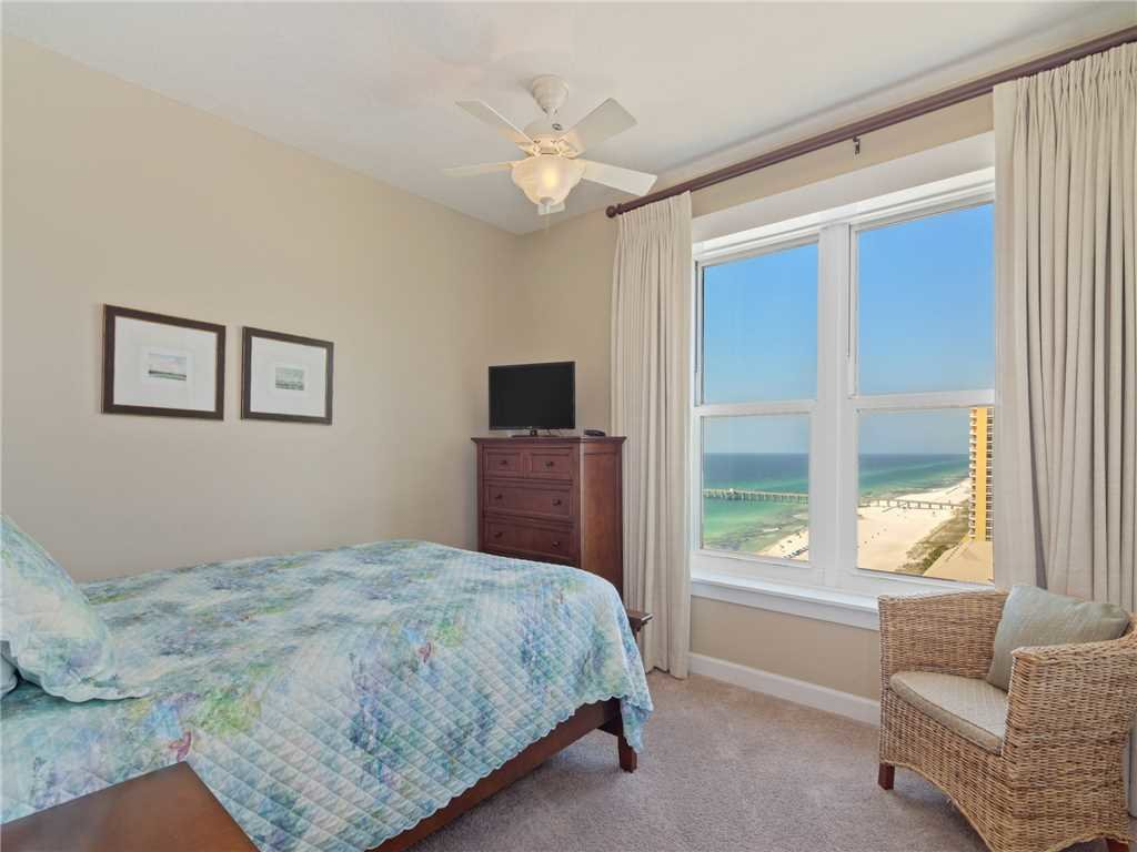 Photo of a Panama City Beach Condo named Grand Panama 1701 - Tower I - This is the twenty-second photo in the set.