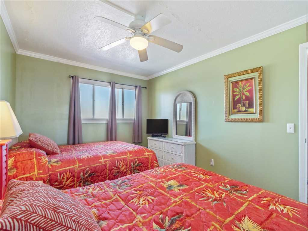 Photo of a Panama City Beach Condo named Summit 1511 - This is the nineteenth photo in the set.