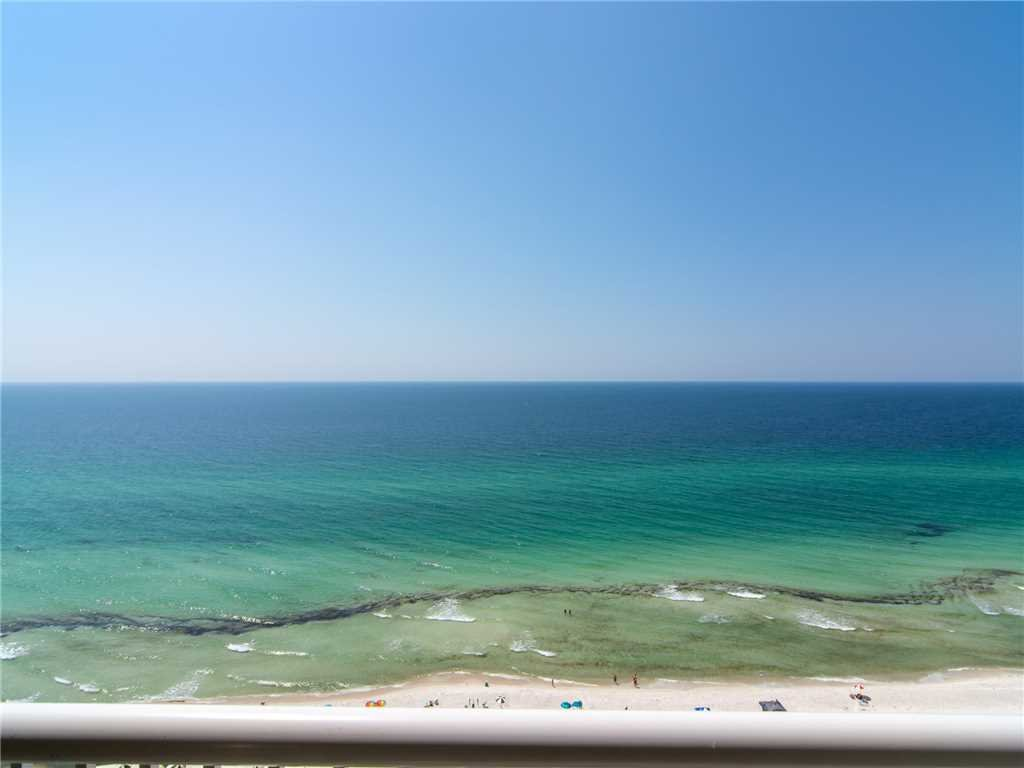 Photo of a Panama City Beach Condo named Grand Panama 1701 - Tower I - This is the twenty-seventh photo in the set.