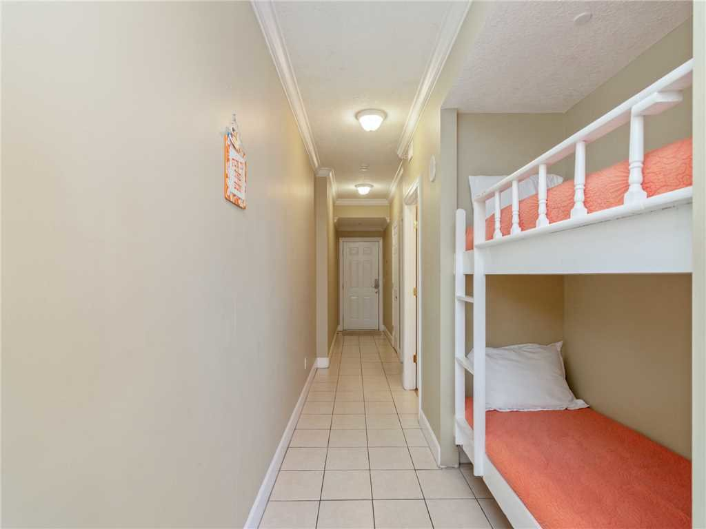 Photo of a Panama City Beach Condo named Twin Palms 1703 - This is the seventeenth photo in the set.
