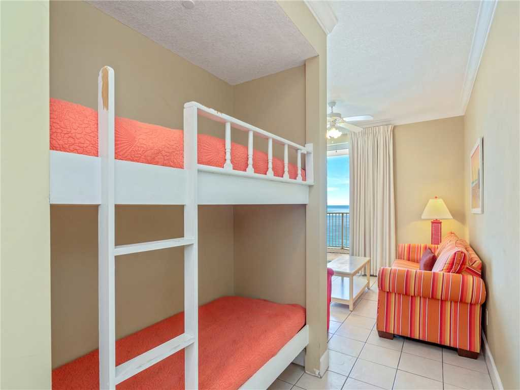 Photo of a Panama City Beach Condo named Twin Palms 1703 - This is the sixteenth photo in the set.