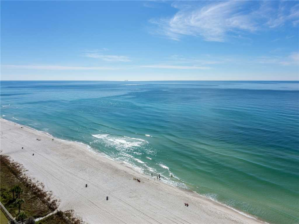 Photo of a Panama City Beach Condo named Twin Palms 1703 - This is the twenty-fourth photo in the set.