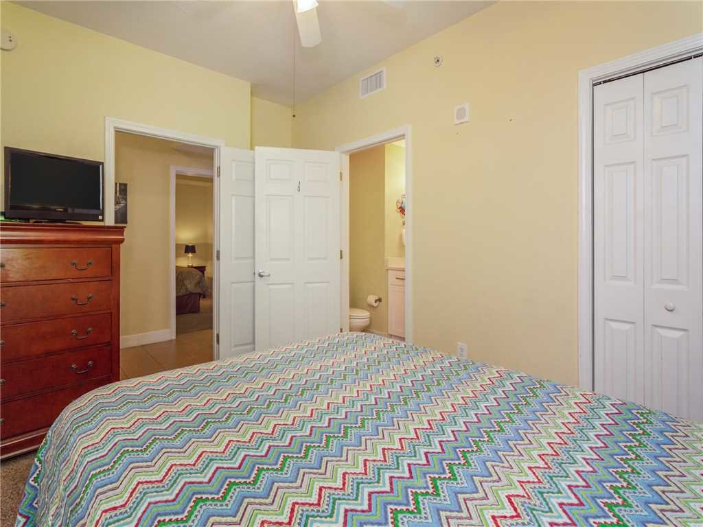 Photo of a Panama City Beach Condo named Tidewater 2214 - This is the eighteenth photo in the set.