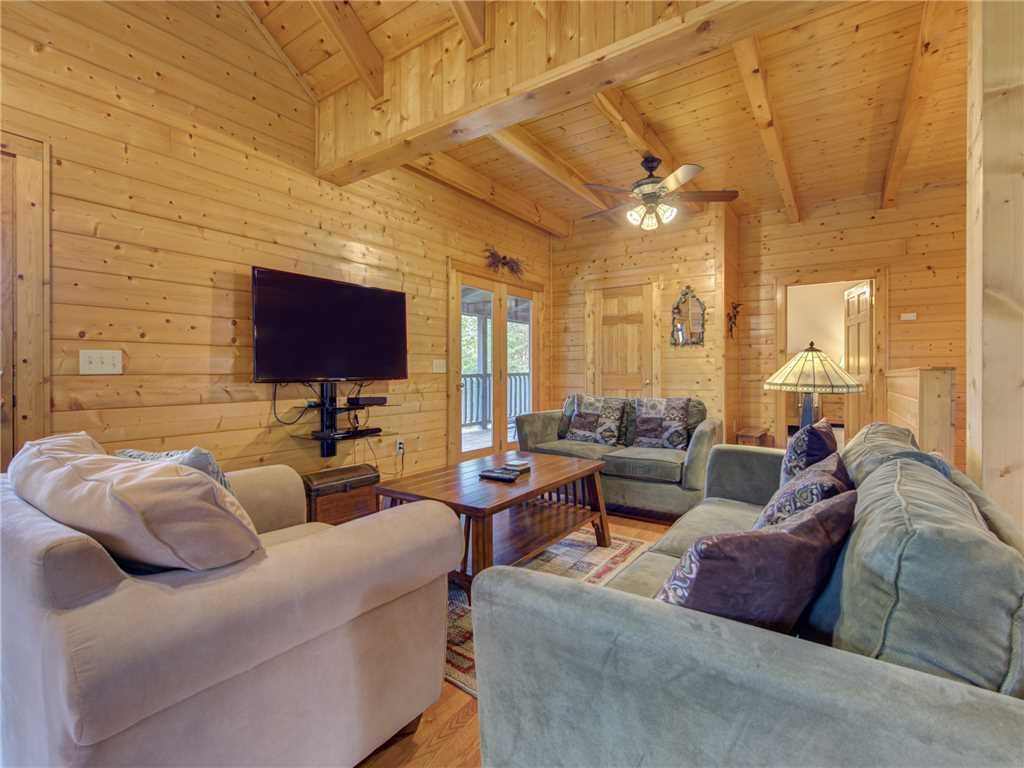 Photo of a Sevierville Cabin named Mountain Magic - This is the third photo in the set.