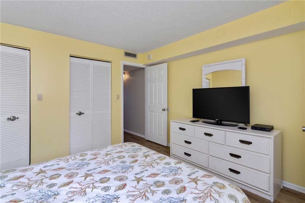 Photo of a Panama City Beach Condo named Regency Towers 403 - This is the twentieth photo in the set.