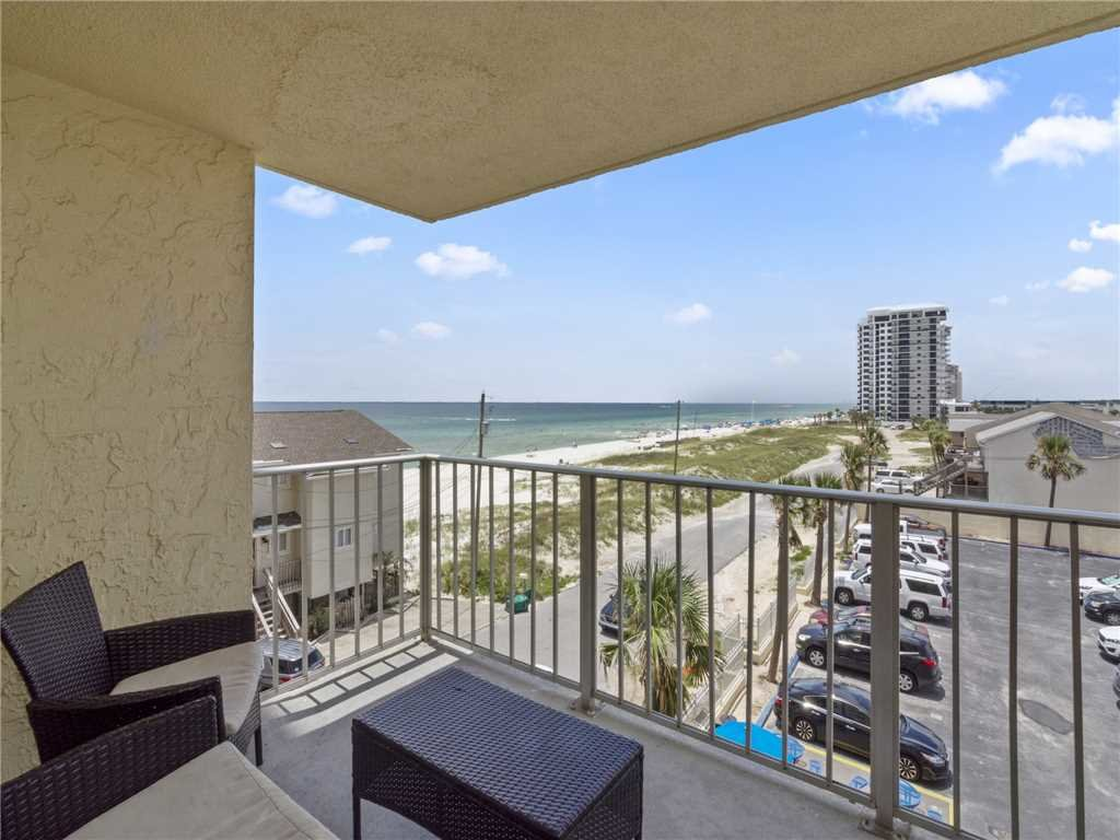 Photo of a Panama City Beach Condo named Regency Towers 403 - This is the twenty-fifth photo in the set.