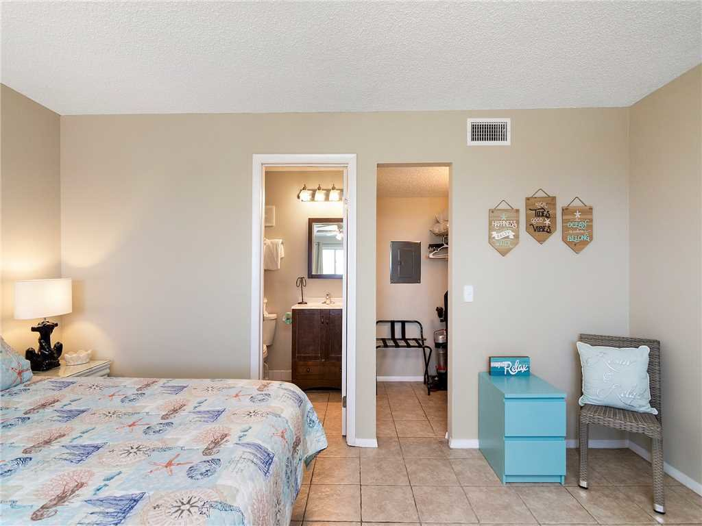 Photo of a Panama City Beach Condo named Summit 1506 - This is the twenty-seventh photo in the set.