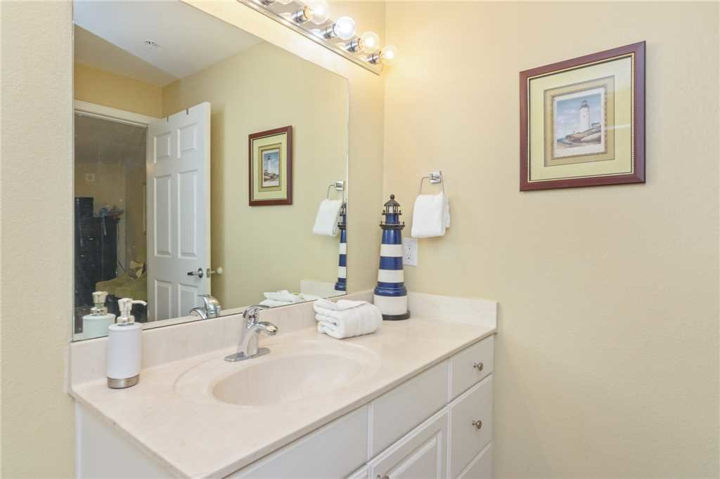 Photo of a Panama City Beach Condo named Tidewater 1802 - This is the thirty-first photo in the set.