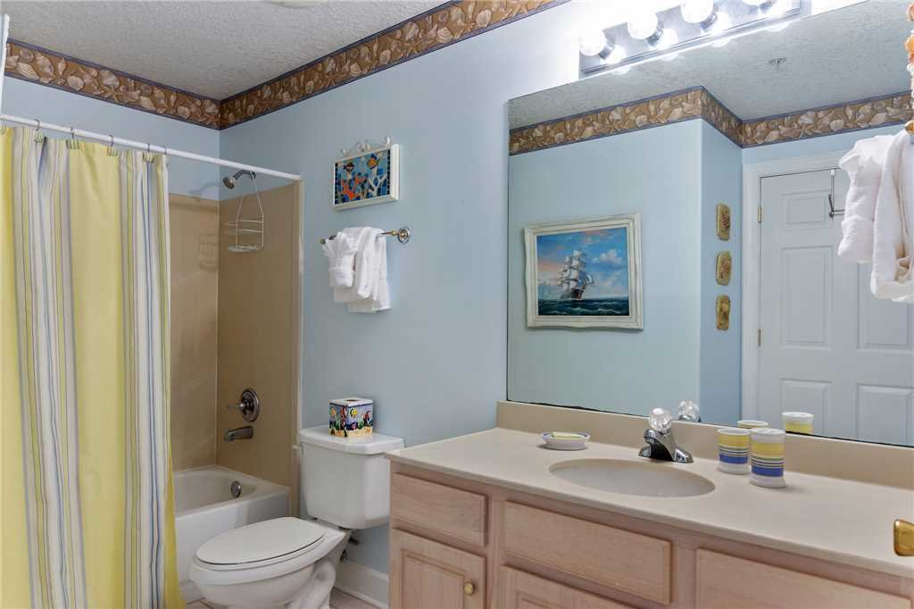 Photo of a Panama City Beach Condo named Twin Palms 405 - This is the twenty-second photo in the set.