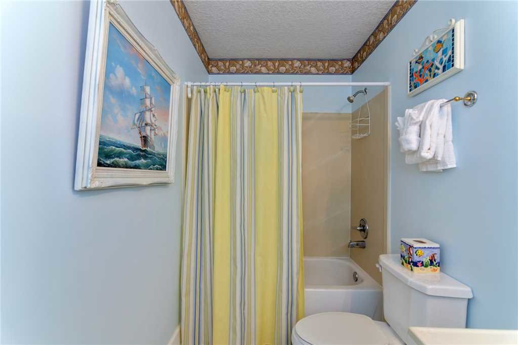 Photo of a Panama City Beach Condo named Twin Palms 405 - This is the twenty-third photo in the set.