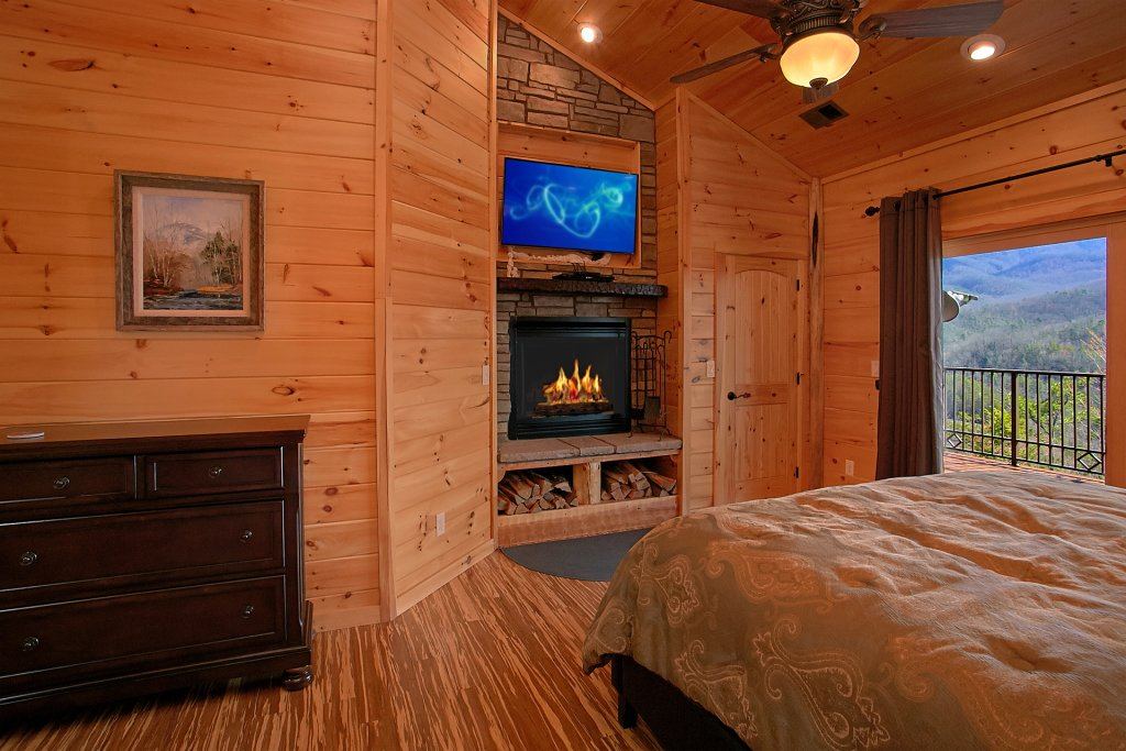 Photo of a Gatlinburg Cabin named Livin It Up - This is the twenty-first photo in the set.