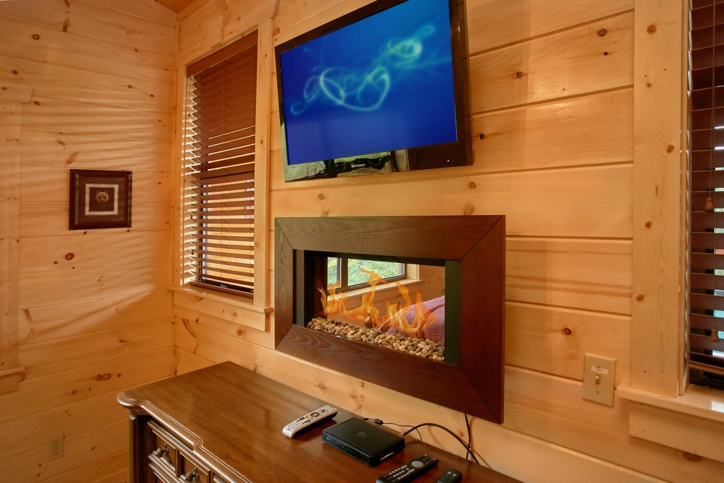 Photo of a Gatlinburg Cabin named Love Me Tender - This is the fourteenth photo in the set.