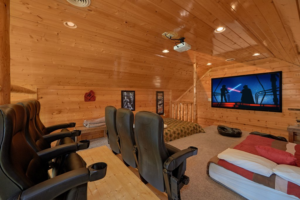 Photo of a Pigeon Forge Cabin named Legacy Vista - This is the fifth photo in the set.