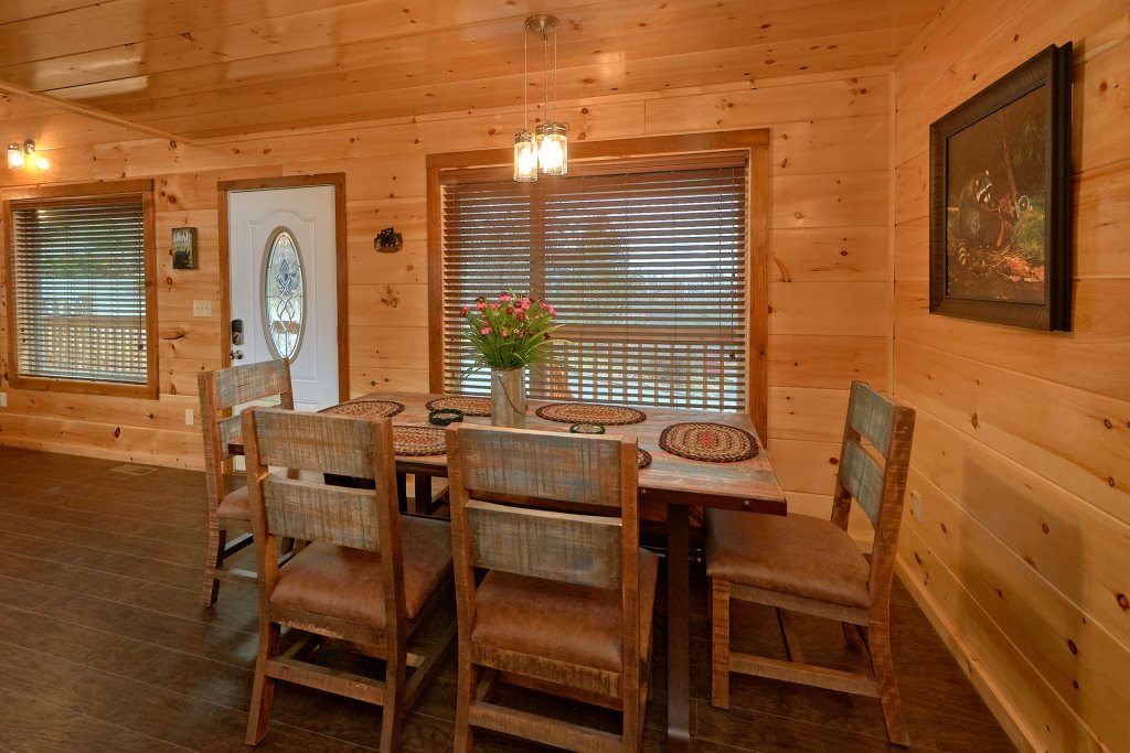 Photo of a Gatlinburg Cabin named Legends Pool Lodge - This is the twentieth photo in the set.
