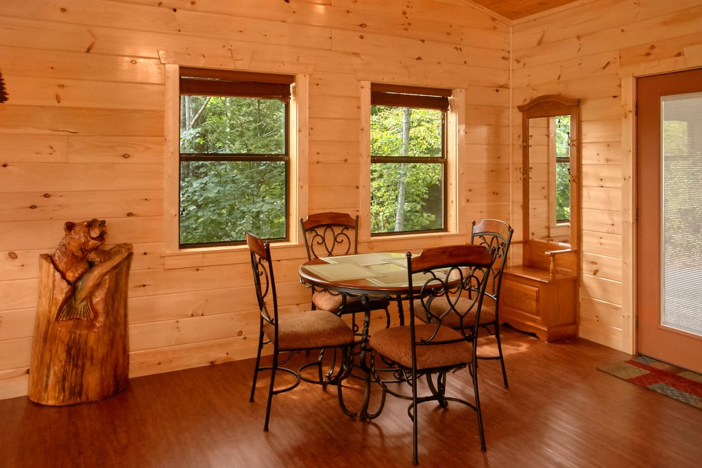 Photo of a Gatlinburg Cabin named Love Me Tender - This is the eleventh photo in the set.