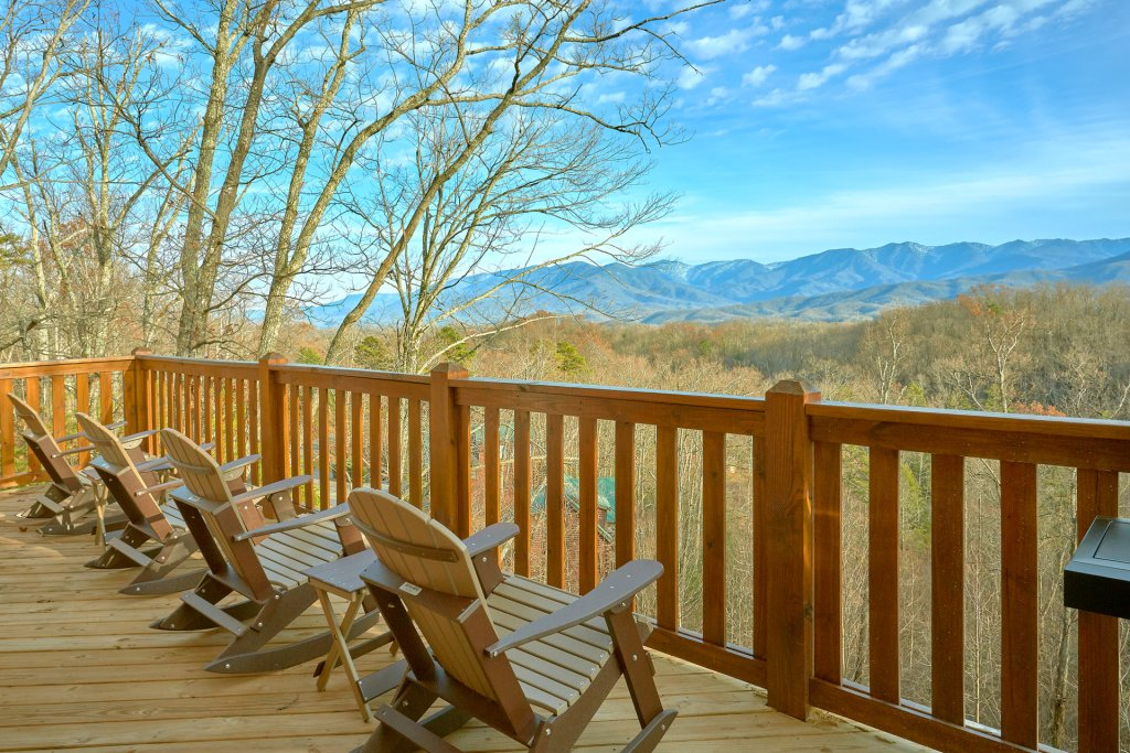 Photo of a Gatlinburg Cabin named Legends Pool Lodge - This is the seventh photo in the set.