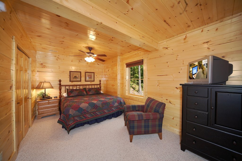 Photo of a Gatlinburg Cabin named Mountain Magic - This is the twelfth photo in the set.