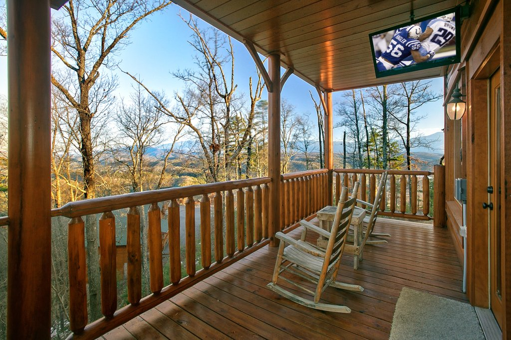 Photo of a Pigeon Forge Cabin named Misty Ridge #68 - This is the third photo in the set.