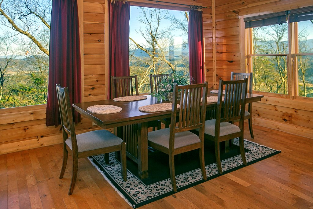 Photo of a Pigeon Forge Cabin named Misty Ridge #68 - This is the twelfth photo in the set.