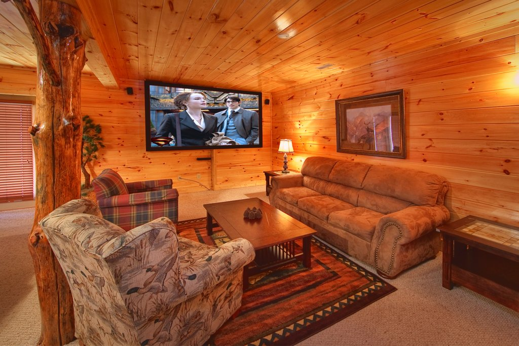 Photo of a Gatlinburg Cabin named Mountain Magic - This is the second photo in the set.