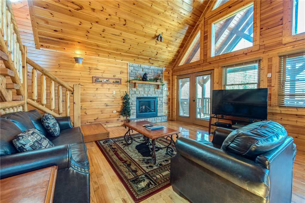 Photo of a Gatlinburg Cabin named Cloud Dancer - This is the first photo in the set.