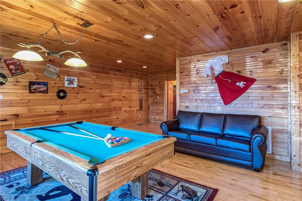Photo of a Gatlinburg Cabin named Cloud Dancer - This is the ninth photo in the set.