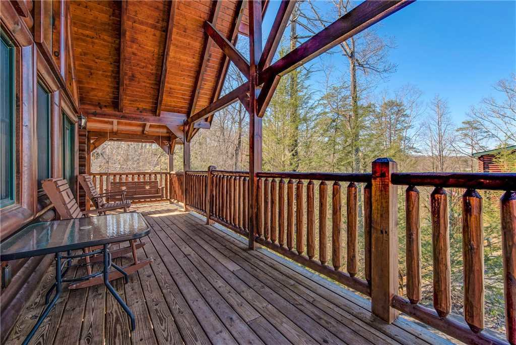 Photo of a Gatlinburg Cabin named Cloud Dancer - This is the third photo in the set.