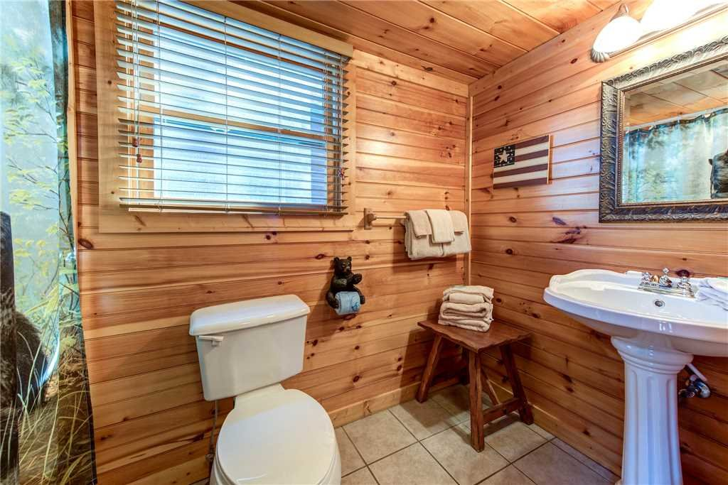 Photo of a Gatlinburg Cabin named Cloud Dancer - This is the sixteenth photo in the set.
