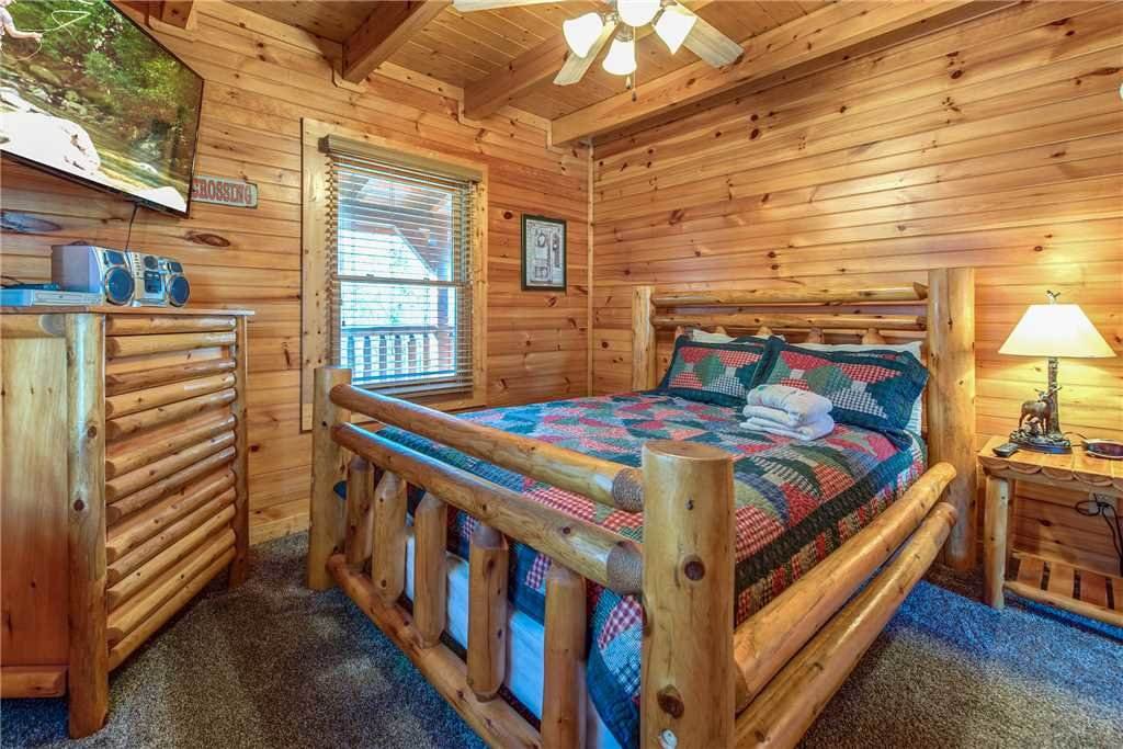 Photo of a Gatlinburg Cabin named Cloud Dancer - This is the fourteenth photo in the set.