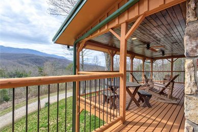 Always An Adventure, 4 Brs, Hot Tub, Theater, Game Room, Pets, Sleeps 15
