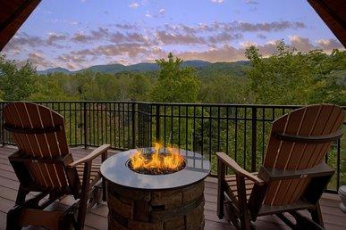 Unrestricted Views Of The Smokies In This Luxury Getaway Cabin.