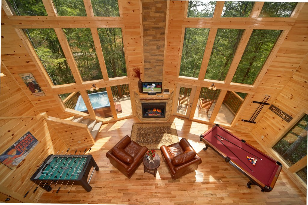 Photo of a Gatlinburg Cabin named Snuggled Inn - This is the second photo in the set.
