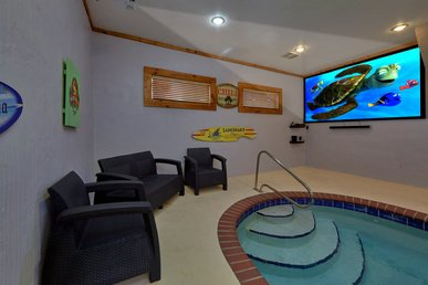 4 Bedroom With Private Indoor Heated Pool