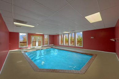Enjoy Views Of Mt Leconte With A Private Indoor Pool And Theater Room
