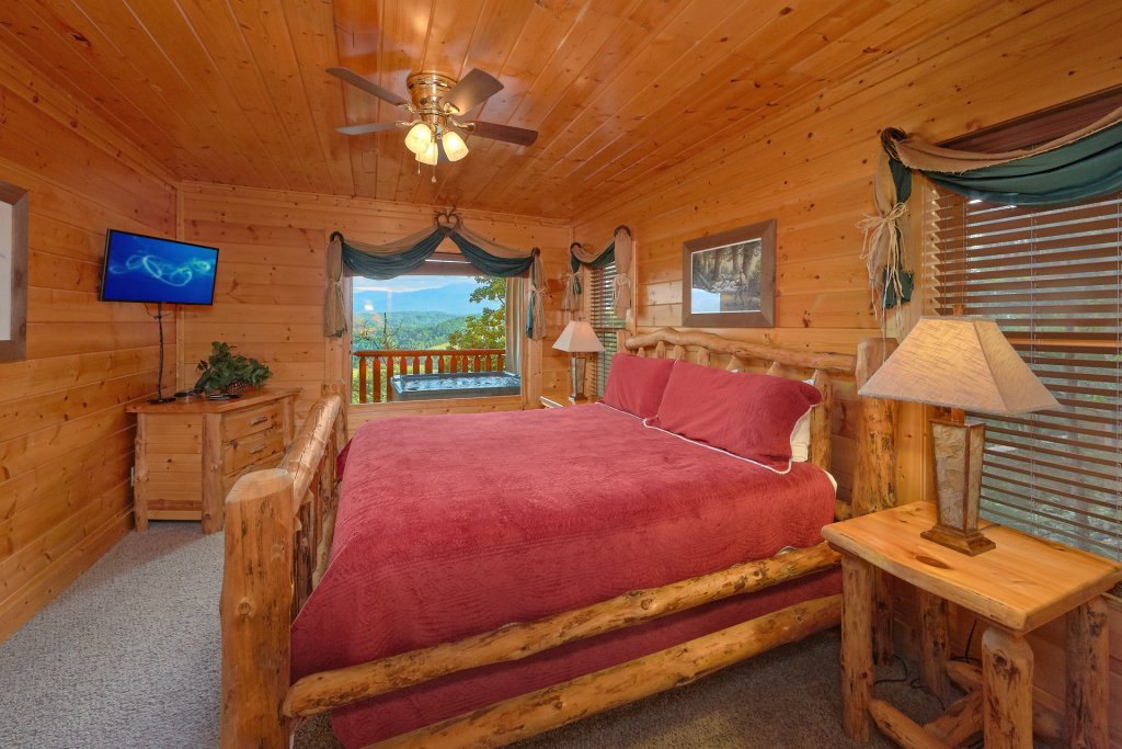 Photo of a Pigeon Forge Cabin named Paradise View (#24) - This is the twelfth photo in the set.