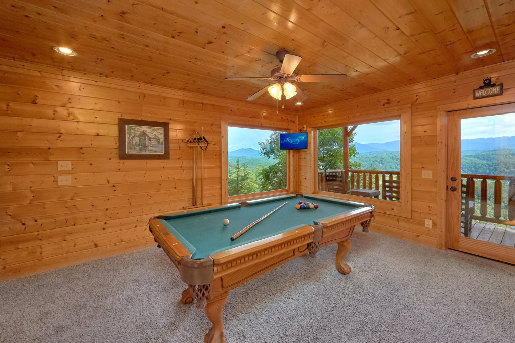 Photo of a Pigeon Forge Cabin named Paradise View (#24) - This is the sixth photo in the set.