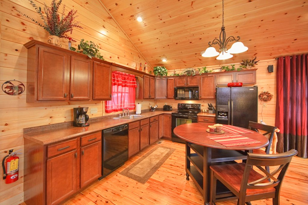 Photo of a Gatlinburg Cabin named Picture Perfect - This is the ninth photo in the set.