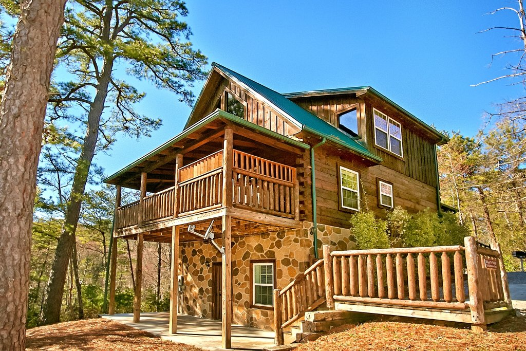 Photo of a Gatlinburg Cabin named Mountain Splash - This is the sixteenth photo in the set.