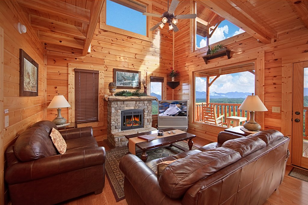 Photo of a Pigeon Forge Cabin named Smoky Sunrise (#53) - This is the fifth photo in the set.