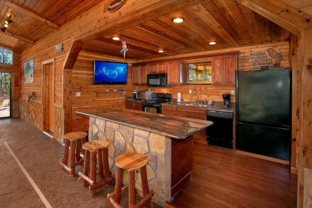 Photo of a Gatlinburg Cabin named Mountain View Mansion - This is the fourth photo in the set.