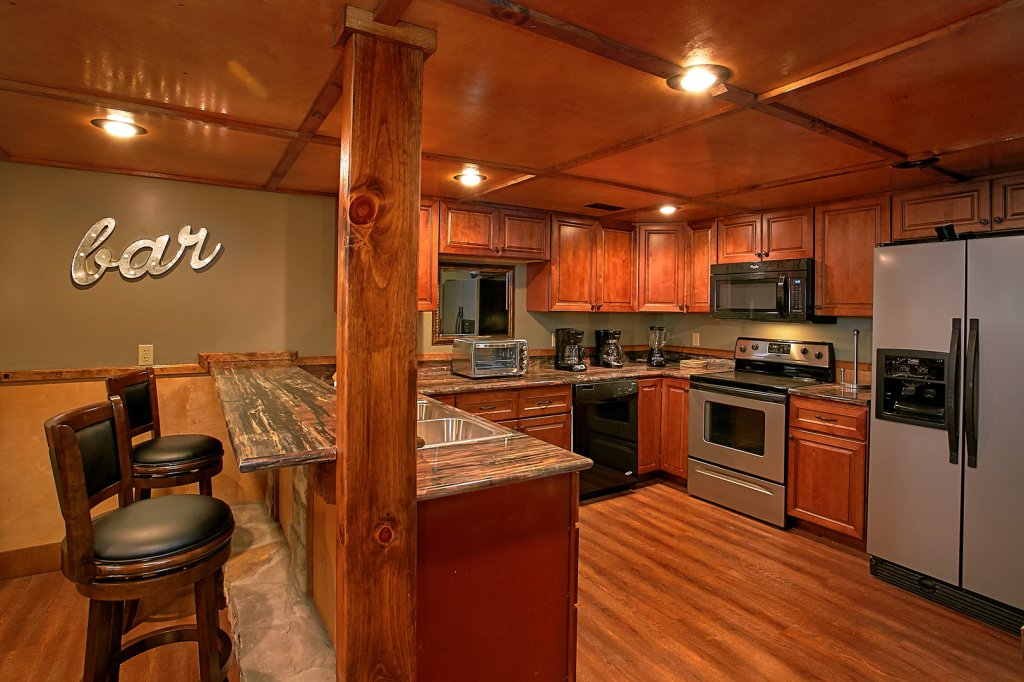 Photo of a Gatlinburg Cabin named Mountain View Mansion - This is the thirtieth photo in the set.