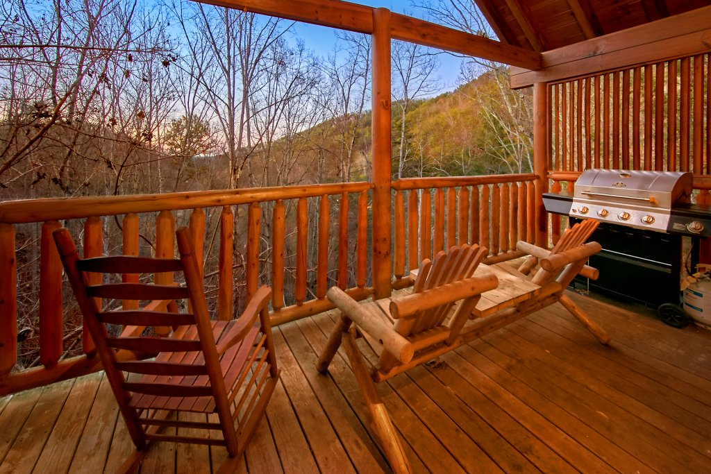 Photo of a Sevierville Cabin named Splish Splash - This is the fifth photo in the set.