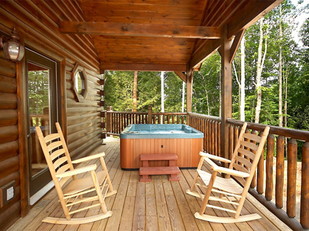 Photo of a Gatlinburg Cabin named Serenity Lodge - This is the third photo in the set.