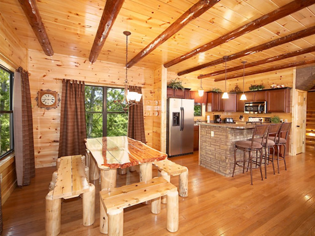 Photo of a Gatlinburg Cabin named Serenity Lodge - This is the ninth photo in the set.