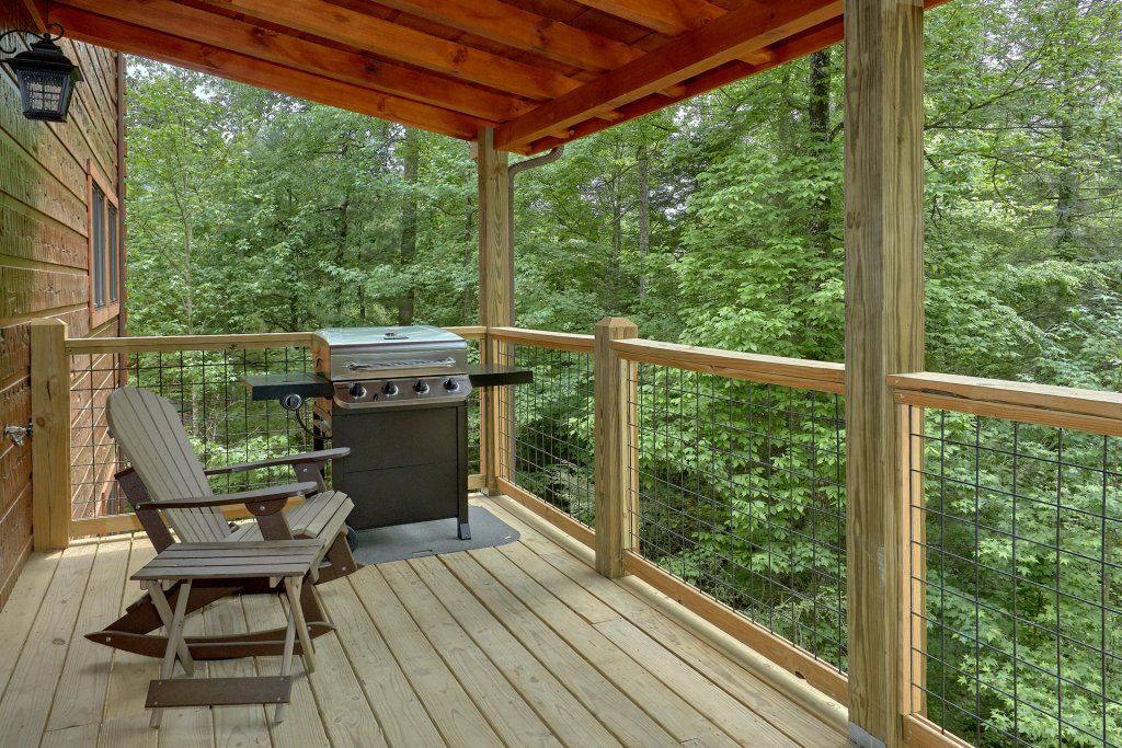 Photo of a Sevierville Cabin named Poolin Around - This is the twenty-second photo in the set.