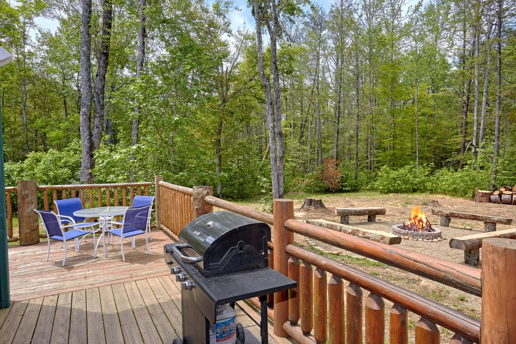 Photo of a Gatlinburg Cabin named Uwoduhi Pool Lodge - This is the ninth photo in the set.