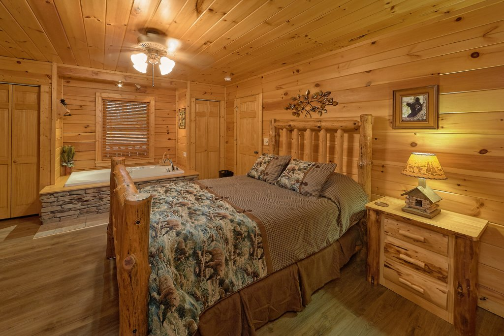 Photo of a Gatlinburg Cabin named Gentleman Jack's - This is the thirtieth photo in the set.