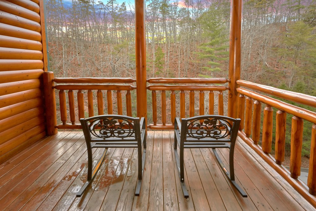Photo of a Sevierville Cabin named Pool And Theater Lodge - This is the ninth photo in the set.